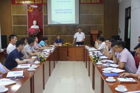 Công đoàn than Hòn Gai tọa đàm về công tác AT-VSLĐ